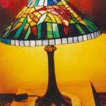 Modern alakú Tiffany lámpa bura